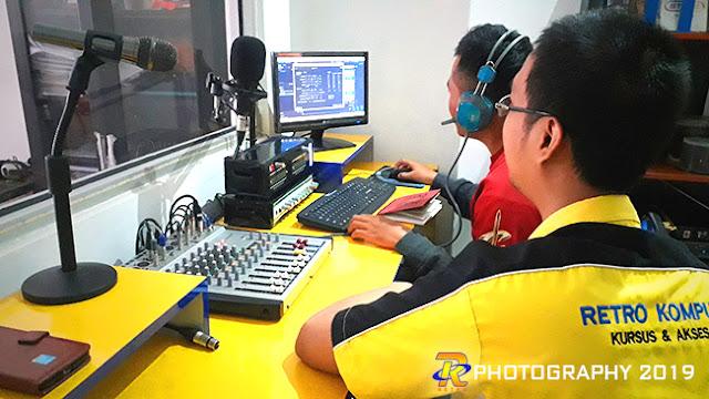 Belajar Broadcasting itu menyenangkan lho :)