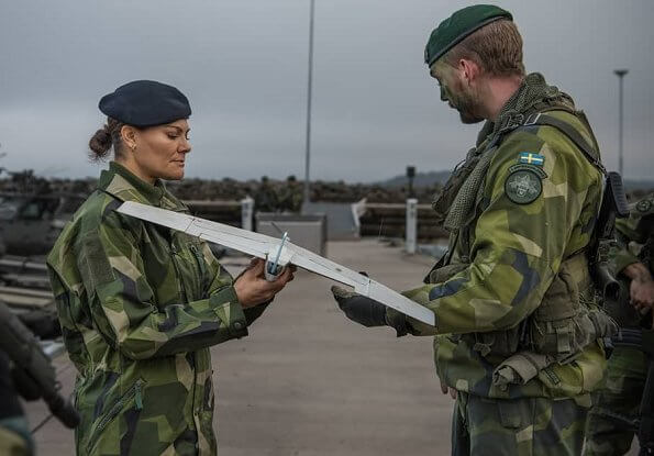 Crown Princess Victoria visited the 1st Marine Regiment (Amf 1) at the Berga Naval Base in the archipelago of Stockholm