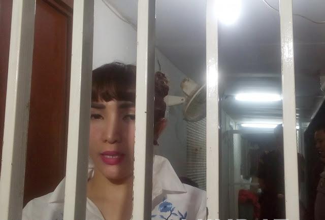 Dikaitkan Dengan Prostitusi Online, Roro Fitria Marah Di Penjara