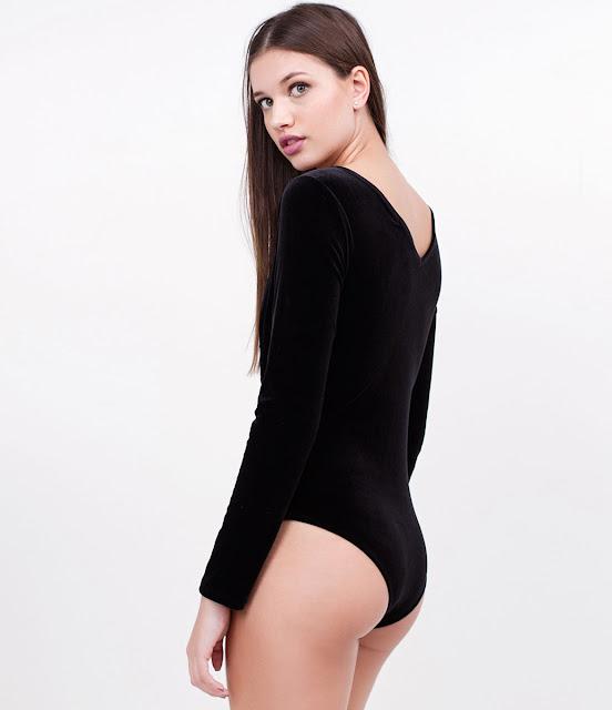 Moda Body em Veludo com Detalhe em Tule
