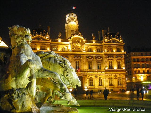 Place des Terreaux nuit, Fontaine Bartholdi, Presqu'ile, Lyon, Lió, Rhône, Rhône-Alpes, França, France