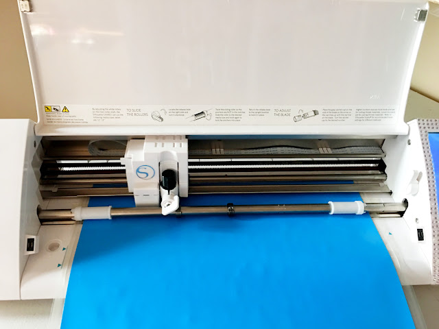 silhouette cameo cutting htv, cutting heat transfer vinyl, how to cut htv