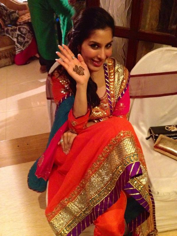 Sophiya Chaudhary Twitter pics