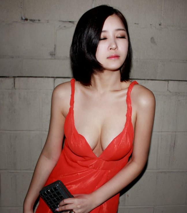 Oh In-Hye 오인혜 吴仁惠【 붉은 바캉스 검은 웨딩红色假期黑色婚礼】