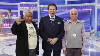 Funcionarios do SBT protestam e Silvio Santos ouve reinvindicacoes
