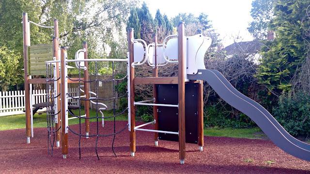 Mason's Arms Playground