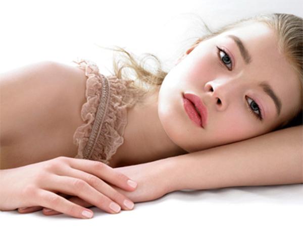 How To Apply Makeup: Professional Makeup Tips
