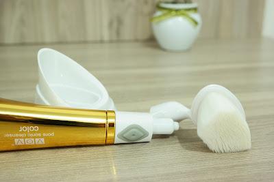pele, limpeza facial, escova de limpeza facial, máscara ouro,