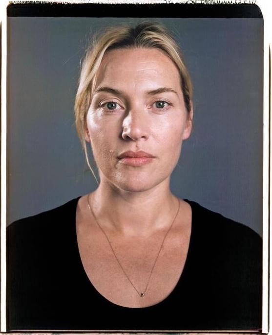 Initiée il y a 5 ans par le magazine ELLE Québec et Canal Vie, la Journée sans  maquillage est un mouvement qui invite les femmes à se présenter sans fards  ... ac96c3ee789