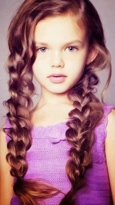 She is beautiful,love the hair style also amazing for school ideas.