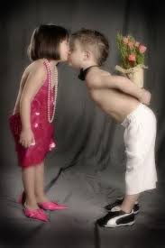 Top latest hd Baby Boy to Girl frist kiss images photos pic wallpaper free download 31