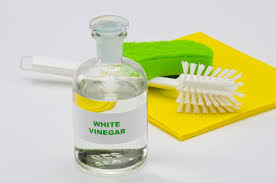 white vinegar for rabbit cleaning
