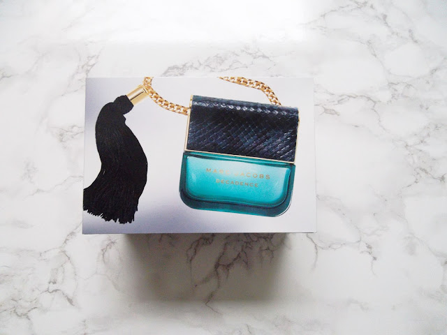 http://www.verodoesthis.be/2017/01/julie-marc-jacobs-decadence.html
