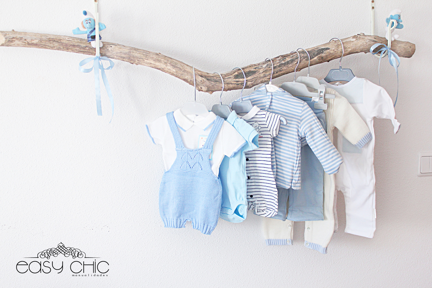 Easychic decoraci n diy de cuarto infantil el cuarto de for Como hacer un perchero de pared