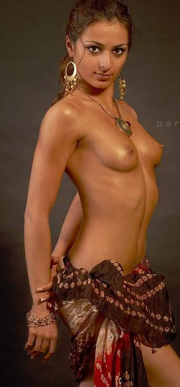 Hot Indian Model Nude Photoshoot  Okinamey-2441