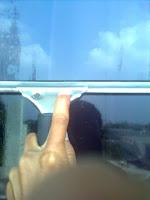 cara mudah membersihkan kaca jadi mengkilap