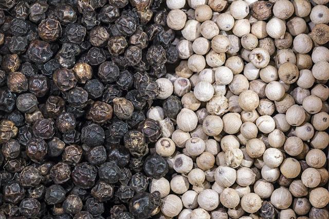 Hạt Tiêu khô - Hồ Tiêu - Piper nigrum - Nguyên liệu làm thuốc Chữa Bệnh Tiêu Hóa
