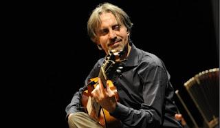 Corso di chitarra del maestro Livio Gianola