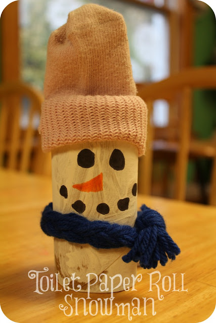 paper roll snowman craft moments of mommyhood toilet paper roll snowman day 5 5131
