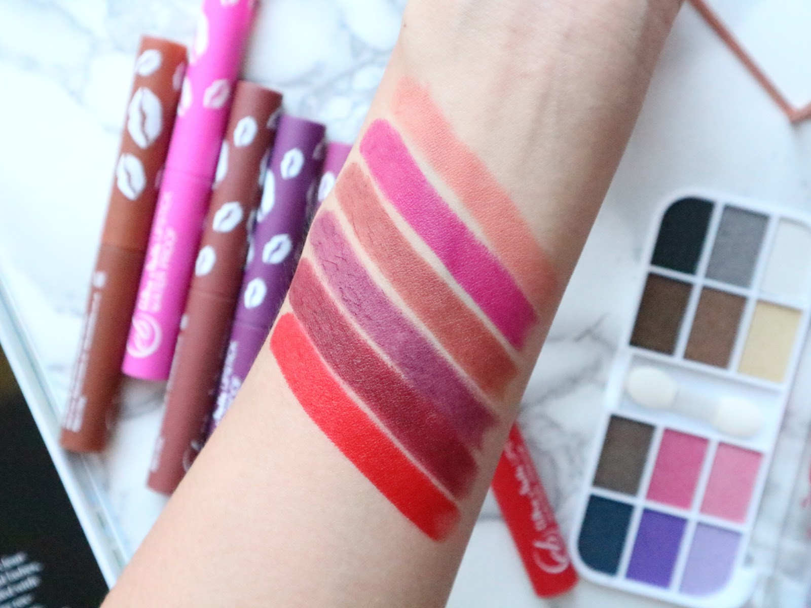 Ever Bilena Matte Nudes Lipstick Review and Swatches