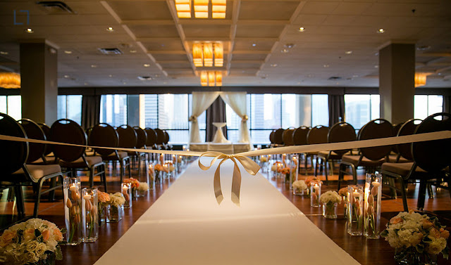 Wedding Venues Evanston Holiday Inn Chicago Mart Plaza River North Chicago