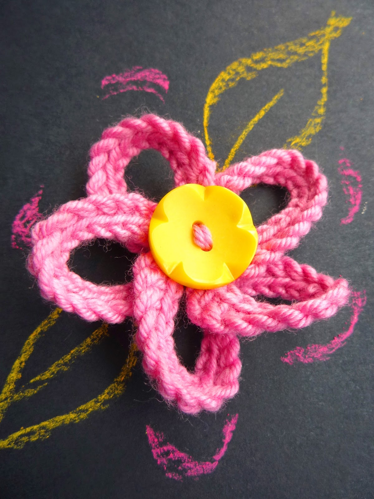 the Creations of Crazy Dazy: knitted flower like crochet