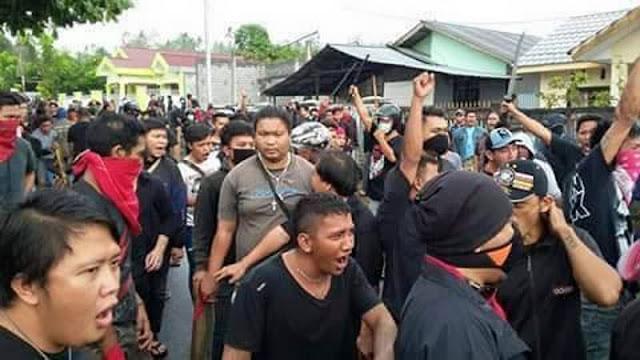 Laskar Kristen Manado Kembali Lakukan Serangan dan Ancam Robohkan Masjid