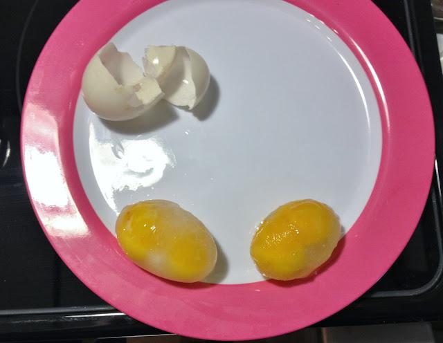 double yolk eggs frozen
