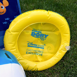 finding dory disney store cast member exclusive flying disk