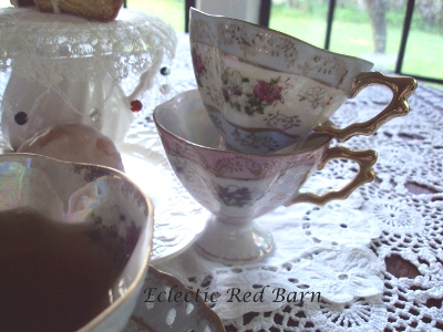 Eclectic Red Barn: Pedestal Tea Cups