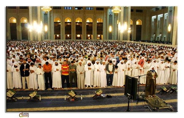حديثة,بيان,وجوب,صلاة,الجماعة,في,المسجد