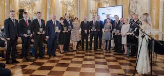 Ryszard Florek wyróżniony Złotą Odznaką Honorową SITPMB z Brylantem, natomiast Janusz Komurkiewicz - Złotą Odznaką Honorową