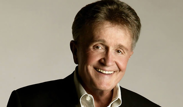 Bill Anderson graba su álbum No.72.