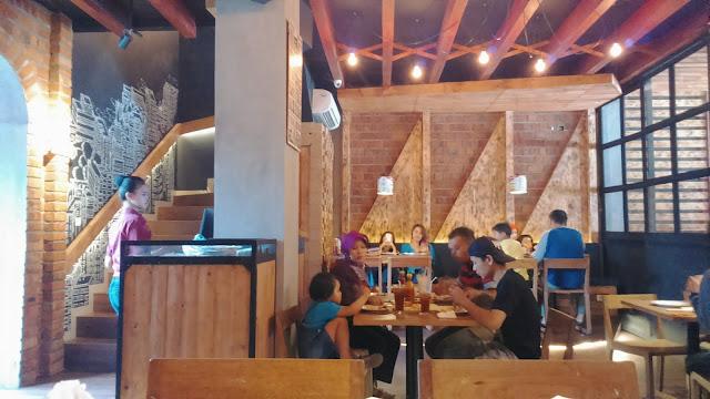 Milan Pizzeria Cafe Sukabumi