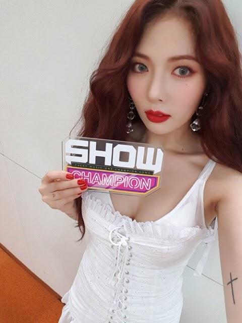 ✰PHOTO✰ Hyuna na Music Show Champion