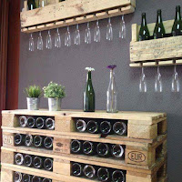 mini bar con pallets de madera