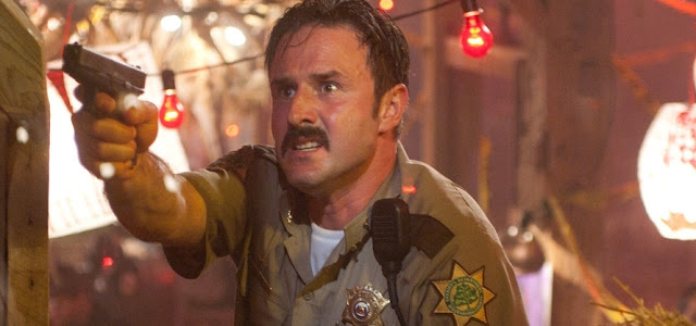Reboot de 'Pânico' contará com retorno de David Arquette ao papel de Dewey Riley