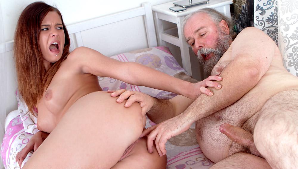 обтягивающем старик анальный порно видео процветает всех