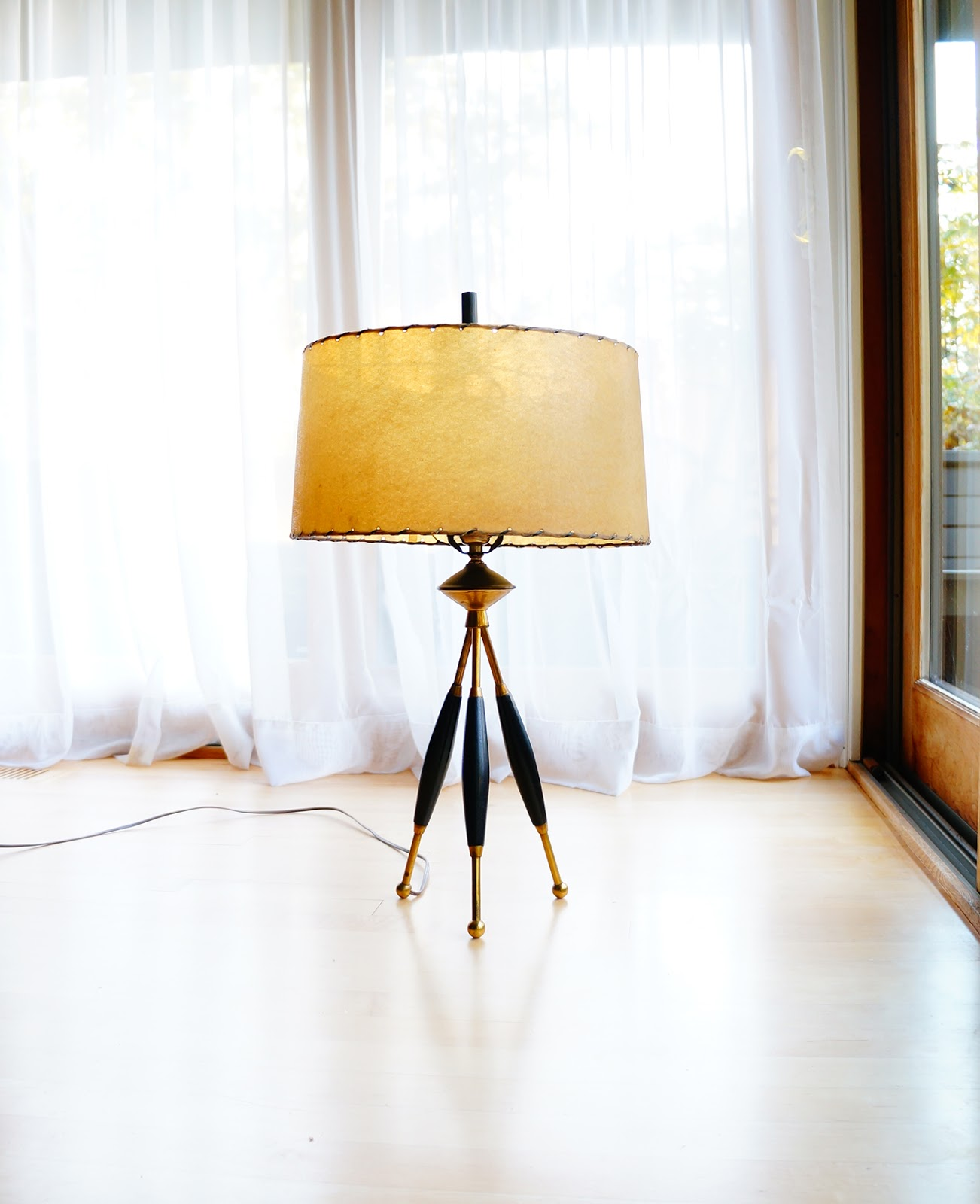 Awe Inspiring Str8Mcm Select Mid Century Table Lamps Interior Design Ideas Tzicisoteloinfo
