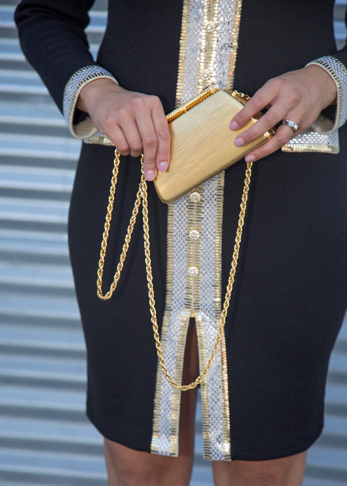 gold clutch purse, gold accessories, holiday clutch