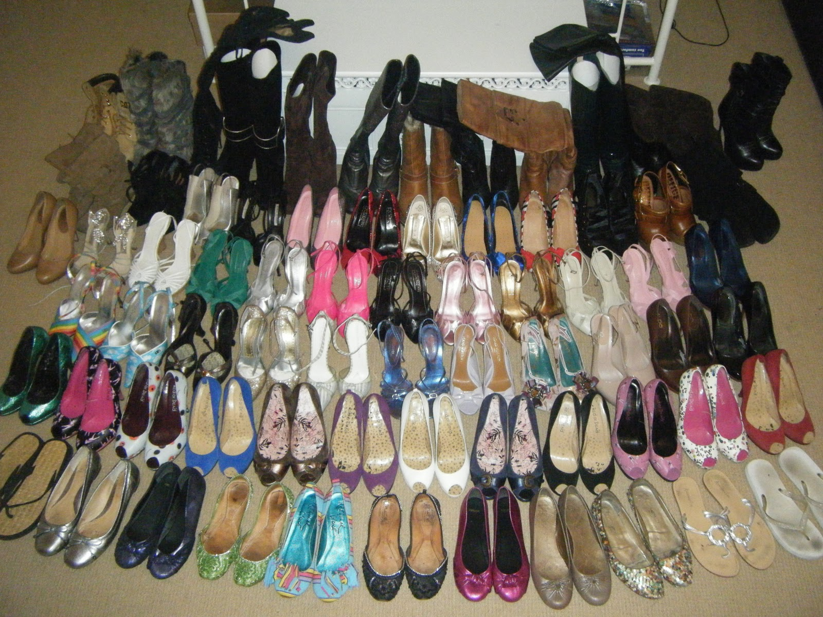"""91f1ba809de2 I signed up last Valentines day to Shoeperwomans shoe challenge  thinking….""""no sweat"""