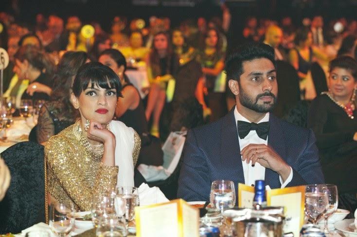 Masala! editor Kavita Srinivasan with Abhishek Bachchan, Masala! Awards 2014 Inside Pics