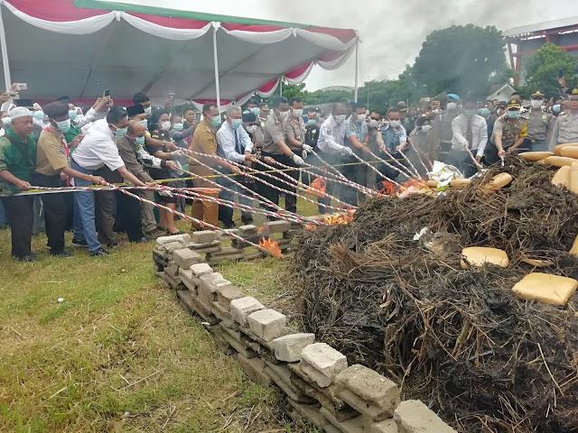 Polres Lamsel Musnahkan 25 Kg Shabu, 40 Ribu Butir extacy dan 415 Kg Ganja