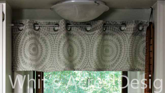 http://whitsacres.blogspot.ca/2015/10/kitchen-valance-cheater-style-tutorial.html