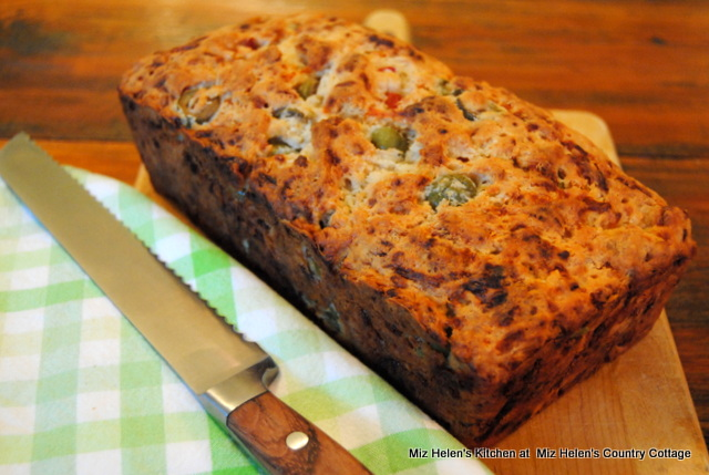 Cheesy Olive Beer Bread at Miz Helen's Country Cottage