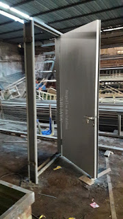 jasa pintu besi plat untuk pabrik