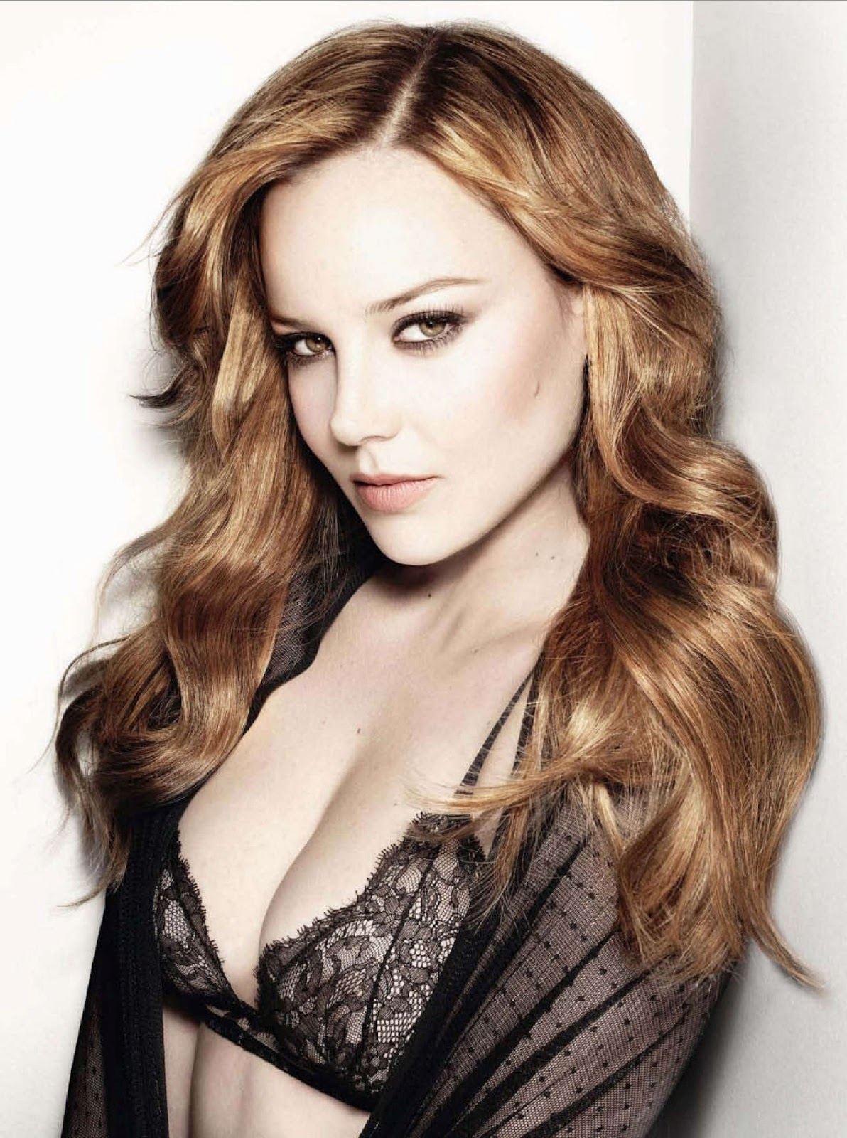 Measurements...Abbie Cornish Height And Weight