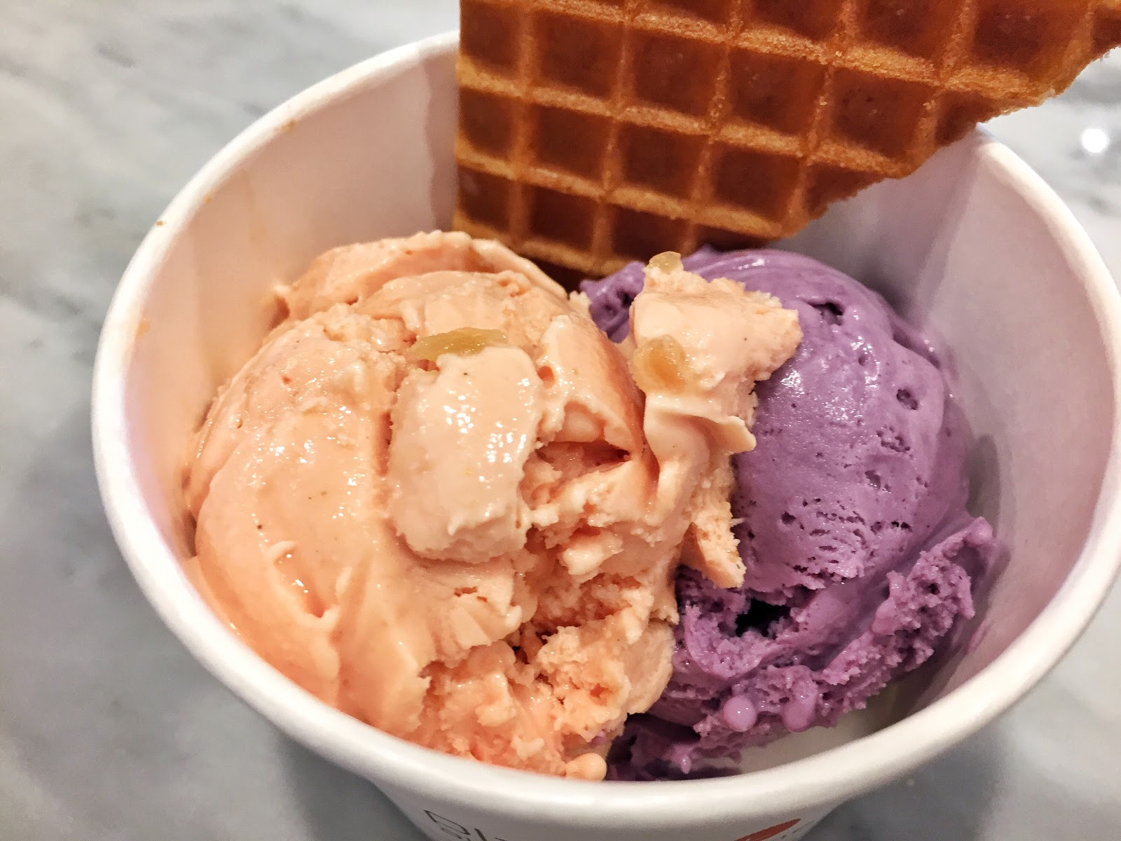 jeni's jeni charleston south carolina ice cream upper king street downtown candied ginger wildberry lavender