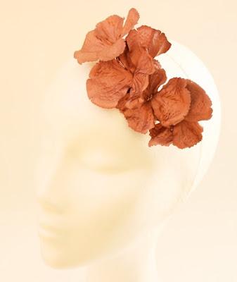 OI 1617 - Coleccion Flor - Cobre rojo - Tocado