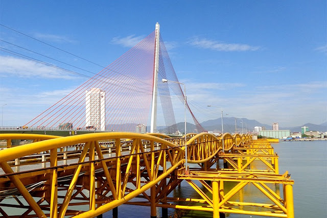 Top 5 famous bridges in Da Nang 3